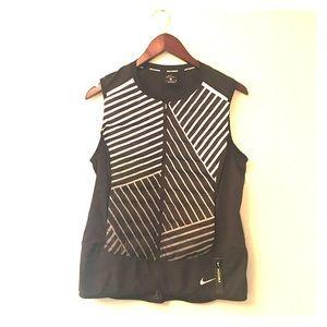 Nike AeroLoft Flash Running Vest Packable